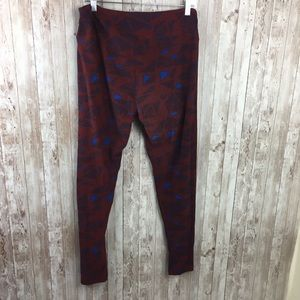 LuLaRoe Pants - Lularoe Tall and Curvy Triangle Print Leggings
